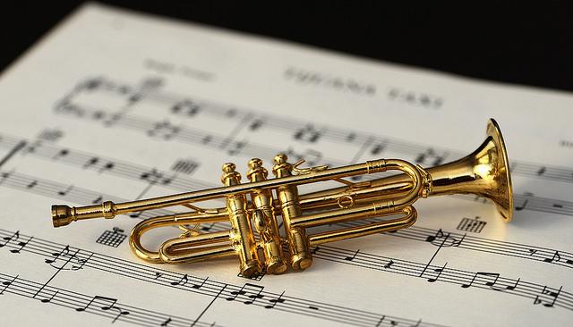 Erlerne ein Instrument...